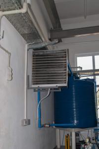Емкость для охлажденной воды и фанкойл